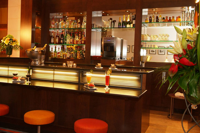 Lounge bar paris images - Moderne loungebar ...